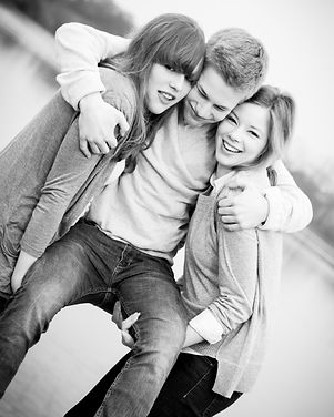 Portraitfotografie-Geschwister-Fotografie Freibur