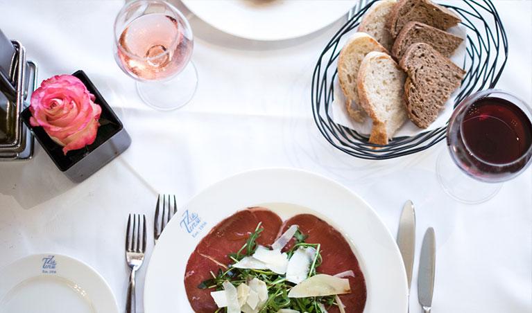 dinnertable(1)