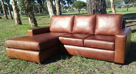 leather couch Manhatten