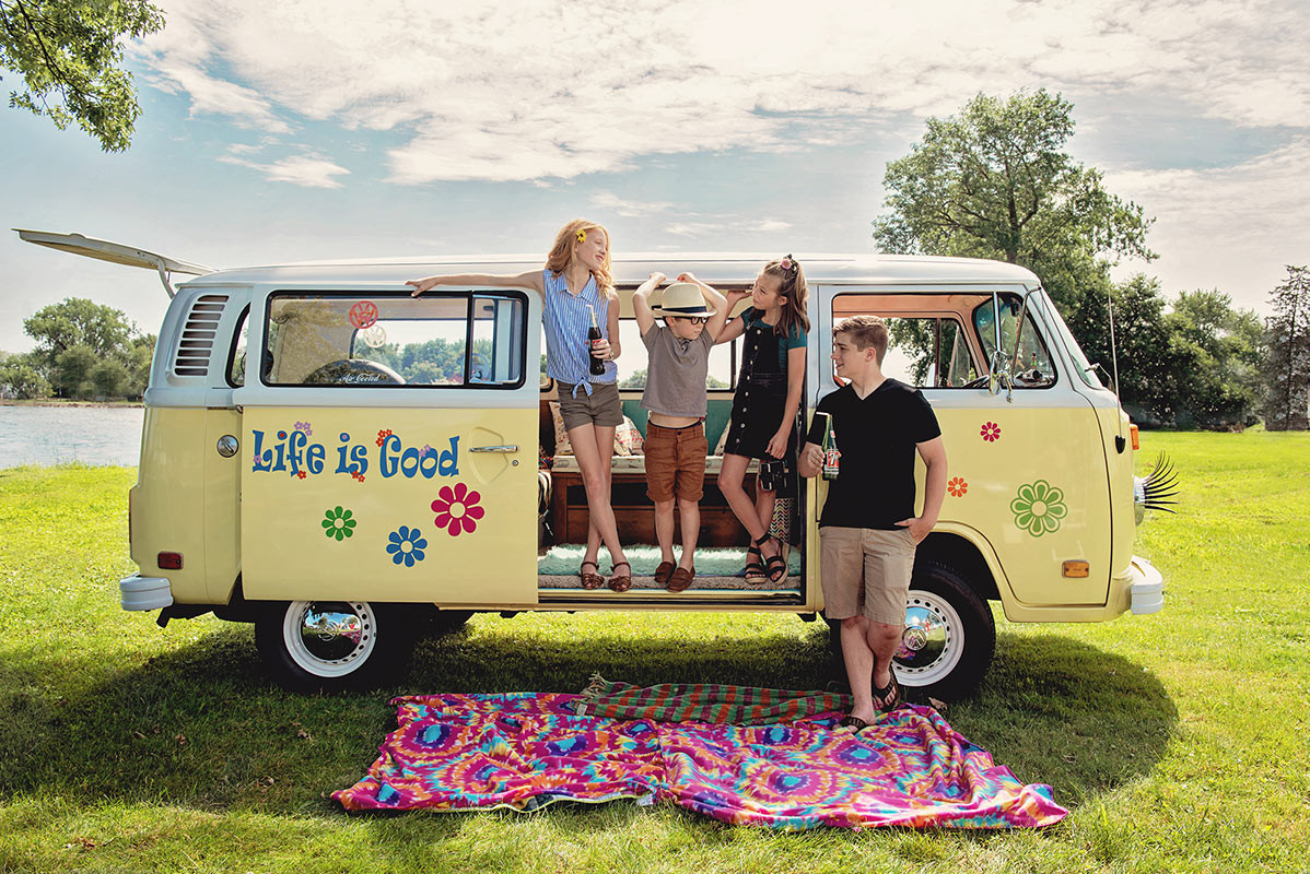 VW bus kids