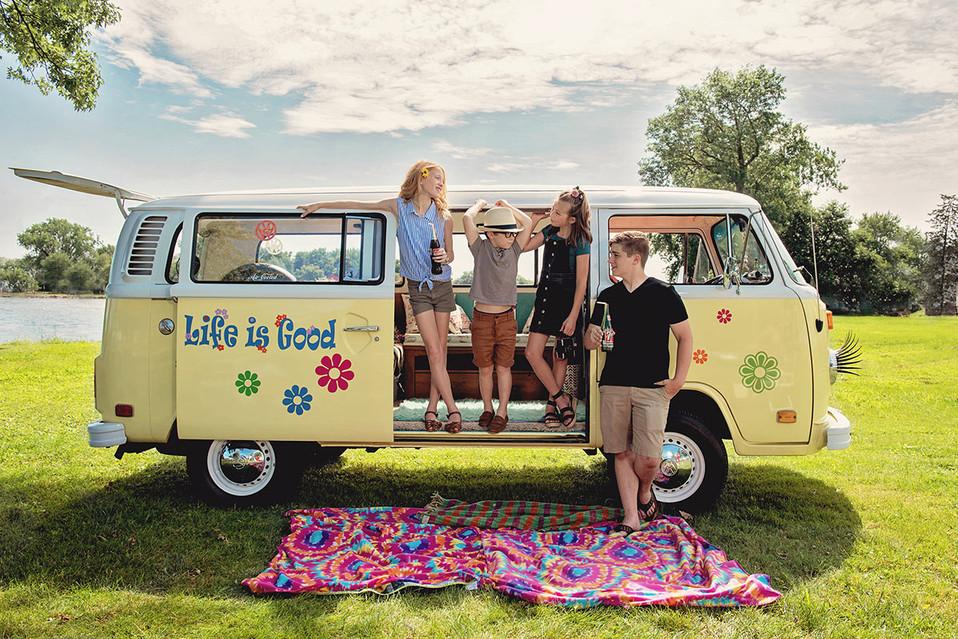 VW bus kids