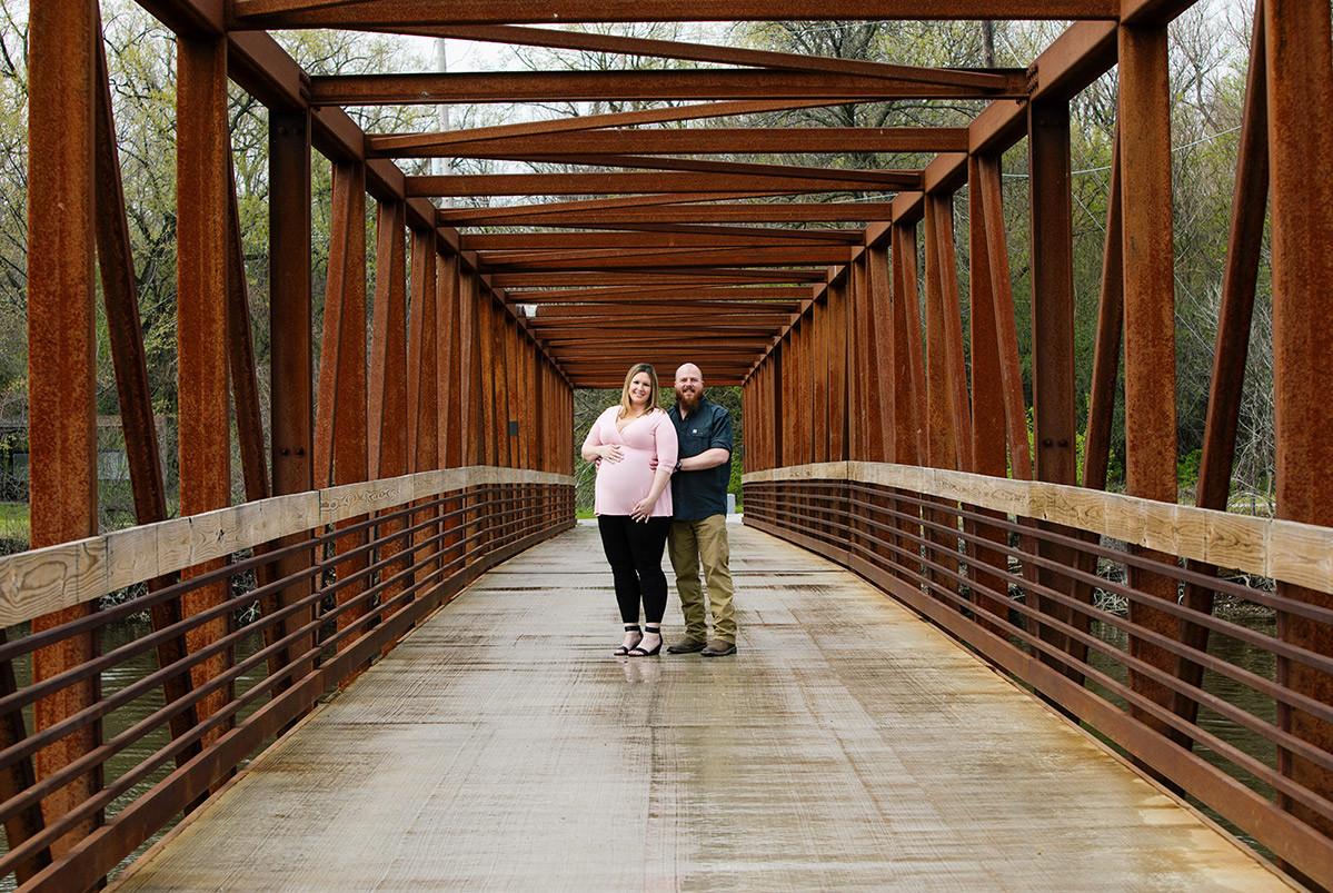 maternity bridge photo