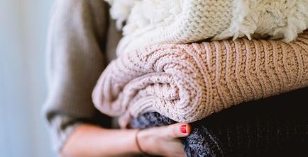 Ein Haufen Pullover