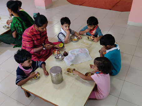 Helping little ones eat Better and Healthier - Simple  practices for mealtimes with toddlers
