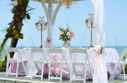 abfab_beach_table