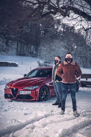 Lifestyle-Mask_automotive_shooting-my_re