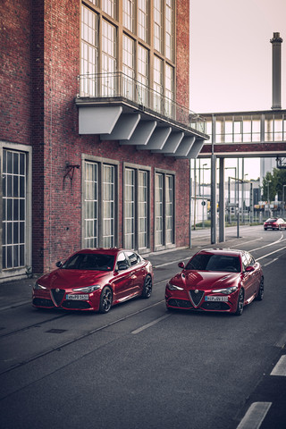 Automotive-photography-my-redGiulia-3.jp