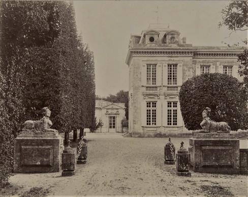 1783-1896 Château Raba L'entrée