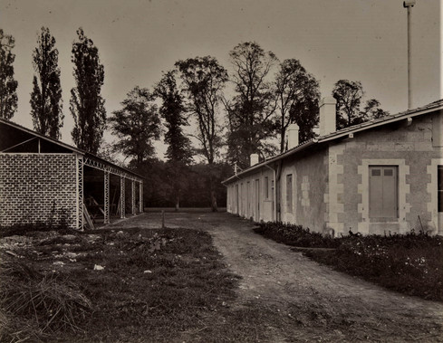 1783-1896 Château Raba Batiments agricoles derrière l'orangerie
