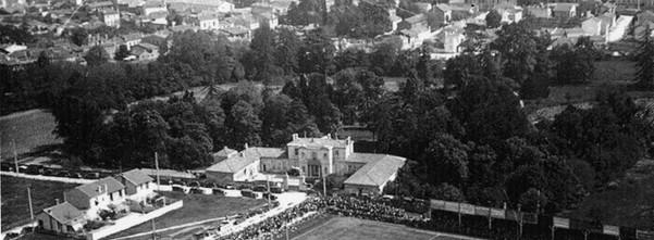 Château Héron (détruit aujourd'hui) Rue de Suzon En face du stade Suzon