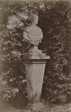 1783-1896 Château Raba Statues grande allée d'arrivée 1