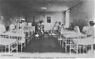La construction de l'hôpital débute en 1924.