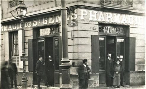 Cours Gambetta Pharmacie-st-genes