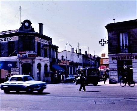 1960 Café de l'Horloge