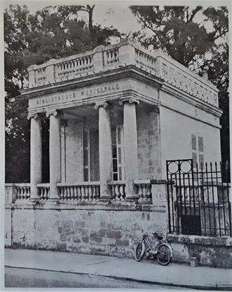 Peixotto La petite Bibliothèque Municipale 1960