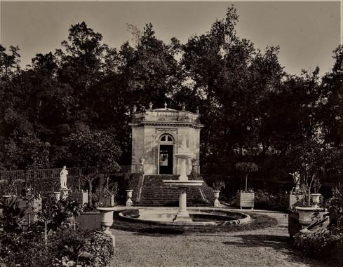 1783-1896 Château Raba Pavillon des muses
