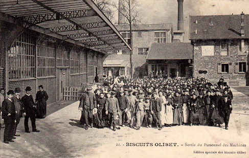 Biscuits Olibet 28 A gauche le directoire Olibet