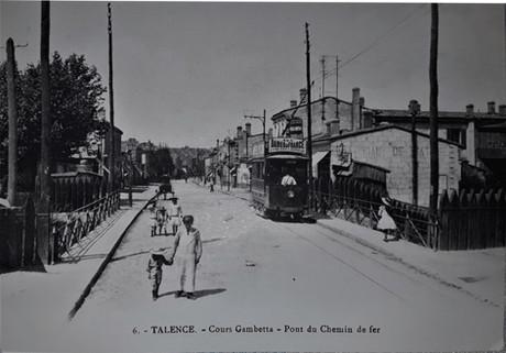 Cours Gambetta le pont de chemin de Fer
