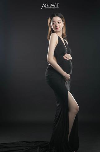 Aquavit Studios | Maternity