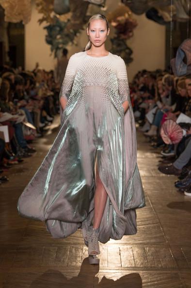 FashionTech Runway: 2018 Spring Couture Iris Van Herpen's LUDI NATURAE