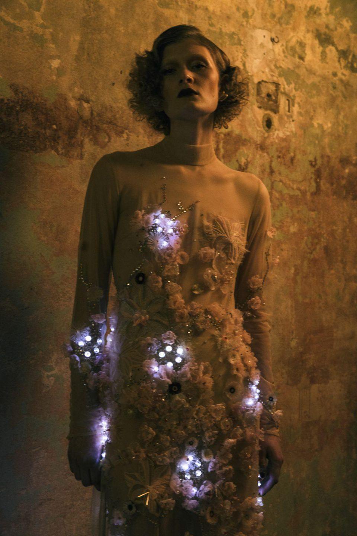 ElektroCouture's Marlene Dietrich dress features 150 LEDs