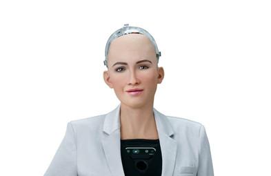 Robots to Make Their Mark at Fashion Week(WWD)