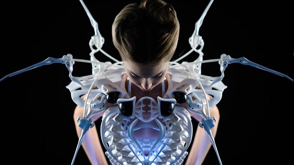 Wearable technology by Anouk Wipprecht