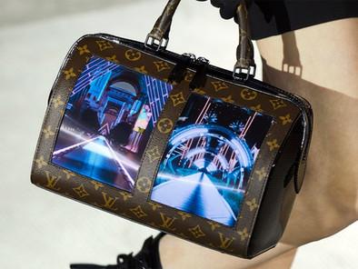 Louis Vuitton Handbags – Is This The Future of Luxury Fashion?(WTVOX)