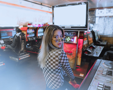 Hang Out With Me At The Arcade⎜Check Trend Is Back to 2018