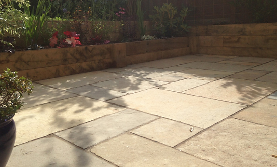 EM Yellow Mix - Limestone Paving
