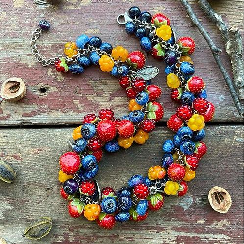 "Necklace ""Berries"""