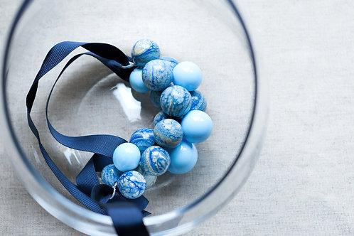Spatium necklace (20 beads)