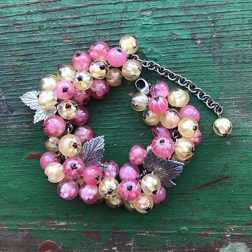 """Bracelet """"White&rose currant"""""""