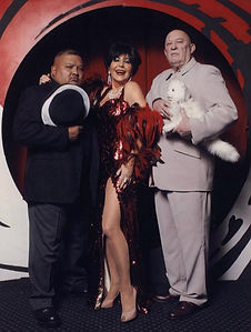 Shirley Bassey Minders Oddjob & Blofeld James Bond