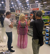 Dolly Parton Lookalike On Location Filming For Sainvury Homebase Nectar Card