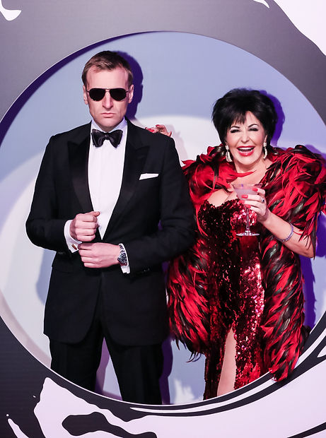Shirley Bassey Tribute & Daniel Craig James Bond