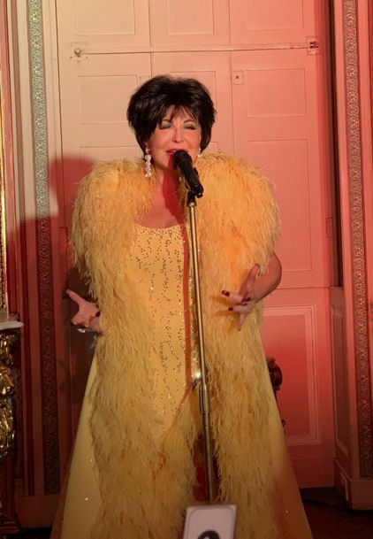 Shirley Bassey Tribute Impersonator