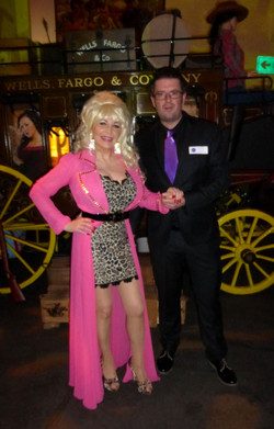 Dolly Parton Lookalike