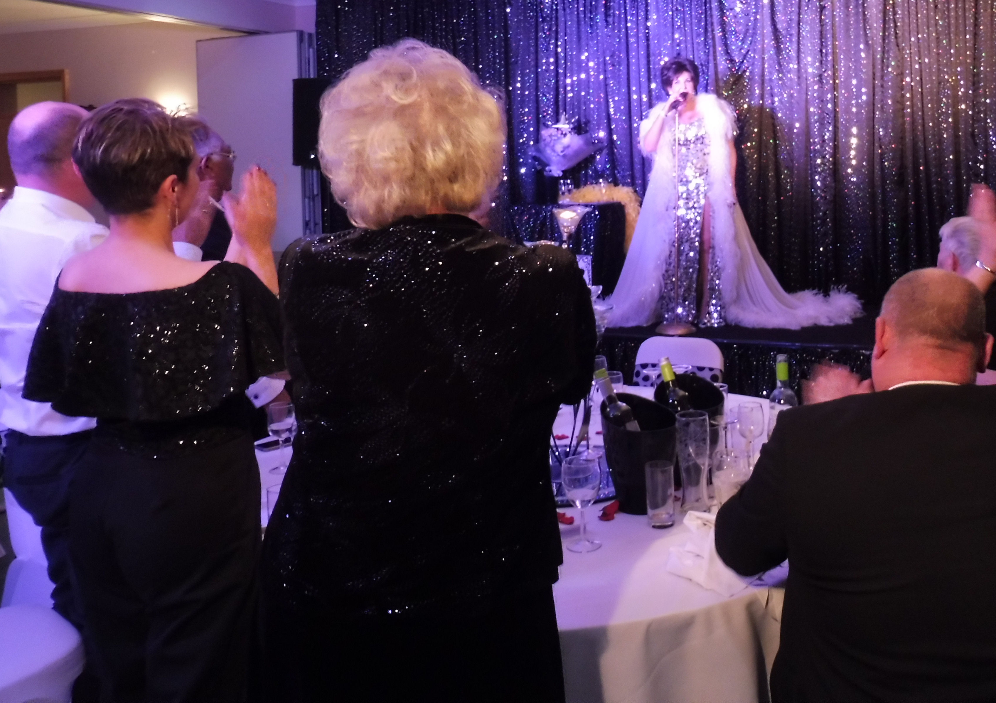 Dame Shirley Bassey Standing Ovation