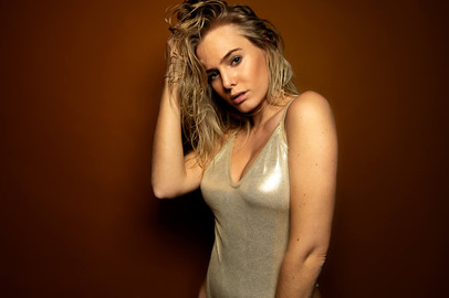 Photo: Timo Frank Model: Vanessa
