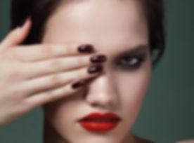 Дымчатый макияж глаз