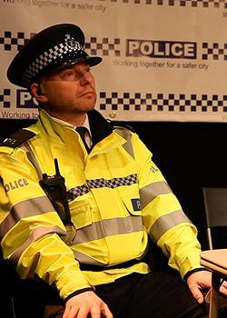 Police MH x 2_edited