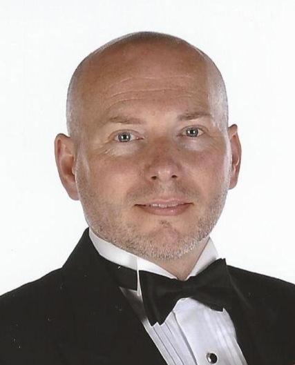Glenn Tux.JPG