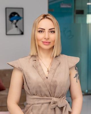 Maggie Beauty Doc Aesthetic Clinic Team Dubai