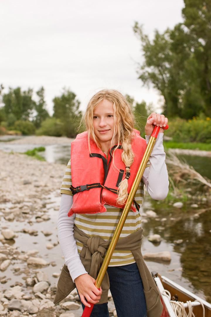 女孩皮划艇