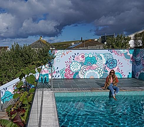 Beach House Mural Zee.png