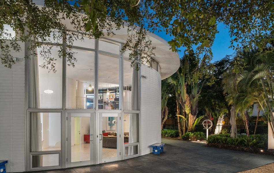 Sarasota School Of Architecture Icon The Round House Hilton Leech S