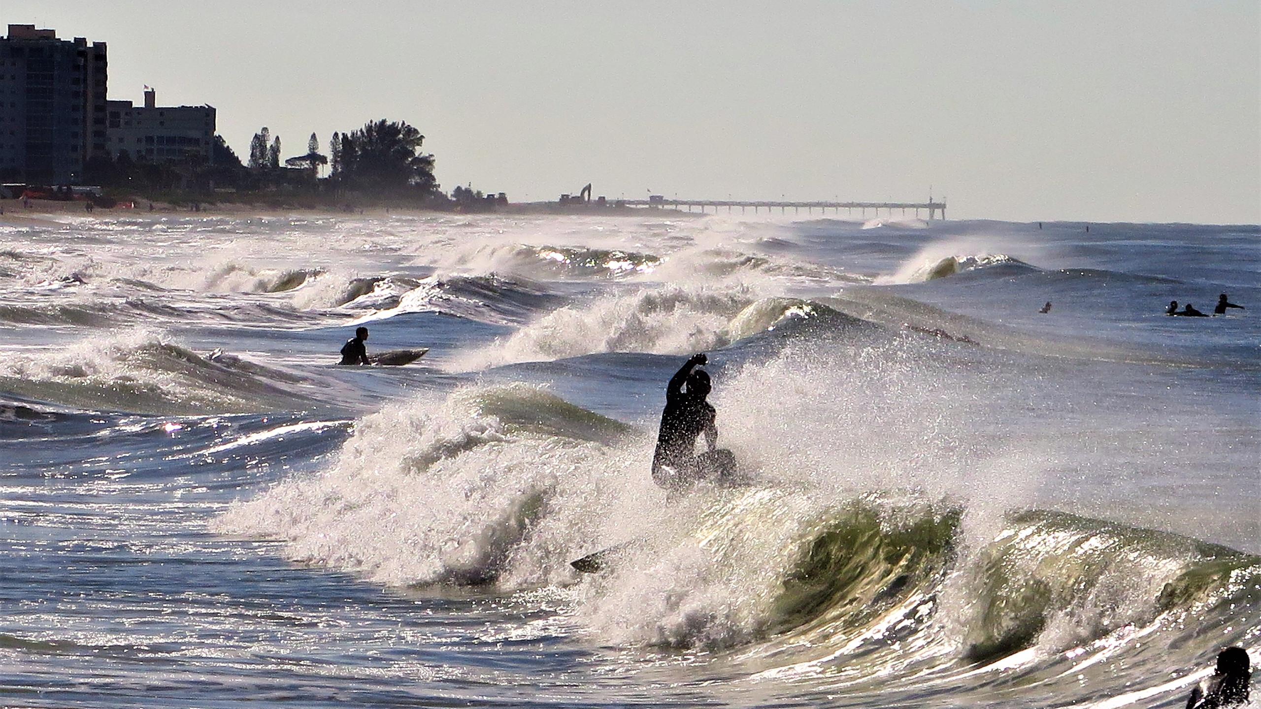 Surfing Venice Beach