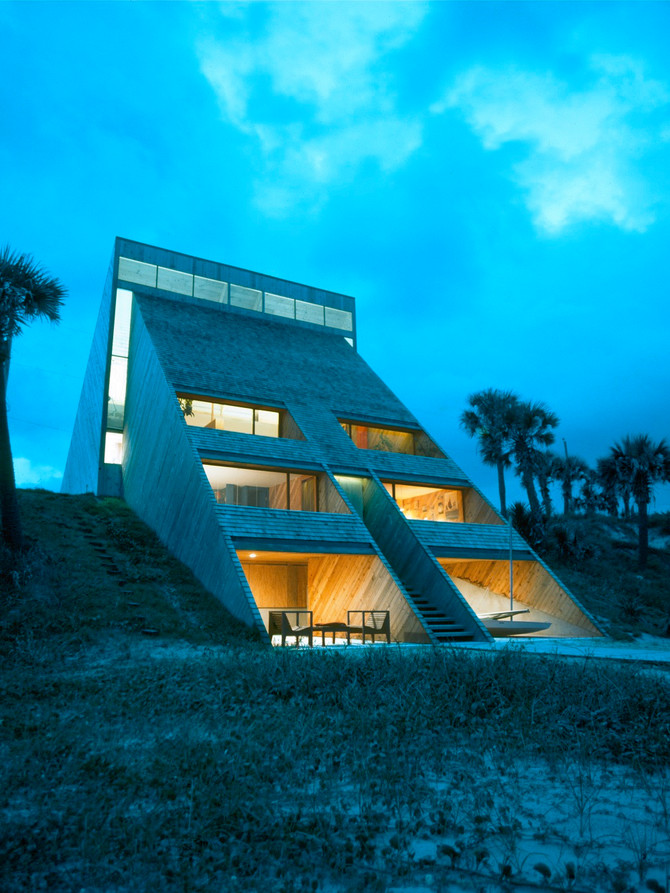 Morgan House: Award Winning Florida Architecture on the Beach