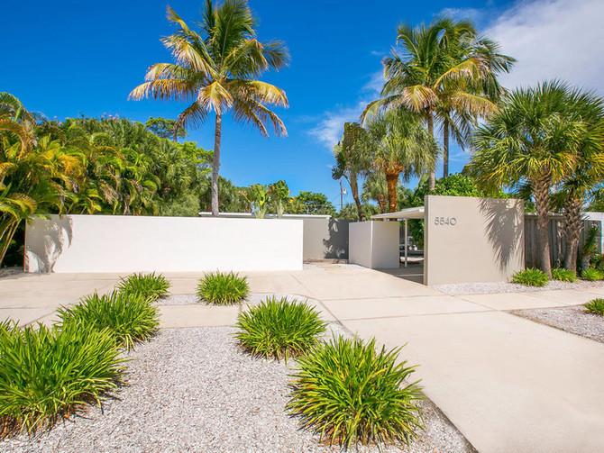 Beach House by Paul Rudolph + Ralph Twitchell